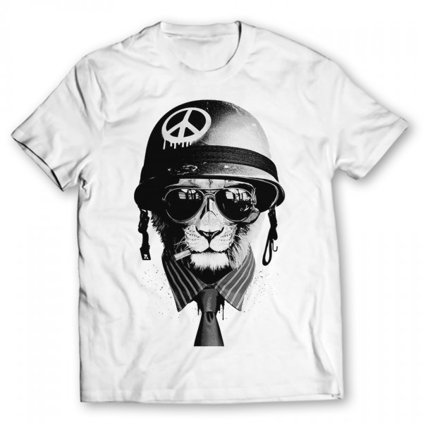lion soldier graphic t-shirt